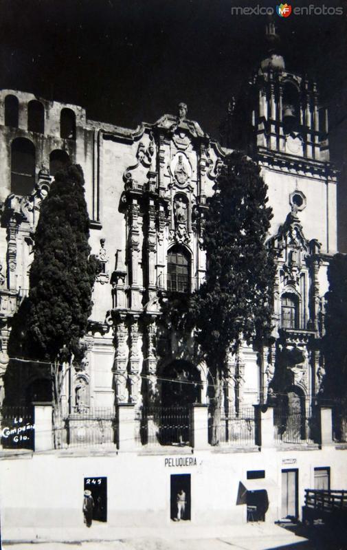 Templo de la Compania Hacia 1945