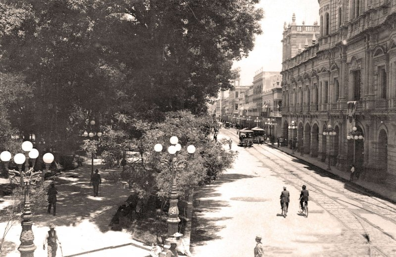 Puebla, Plaza de la Constitución