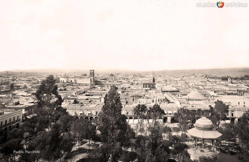 Puebla, vista al norte desde la Catedral, 1886