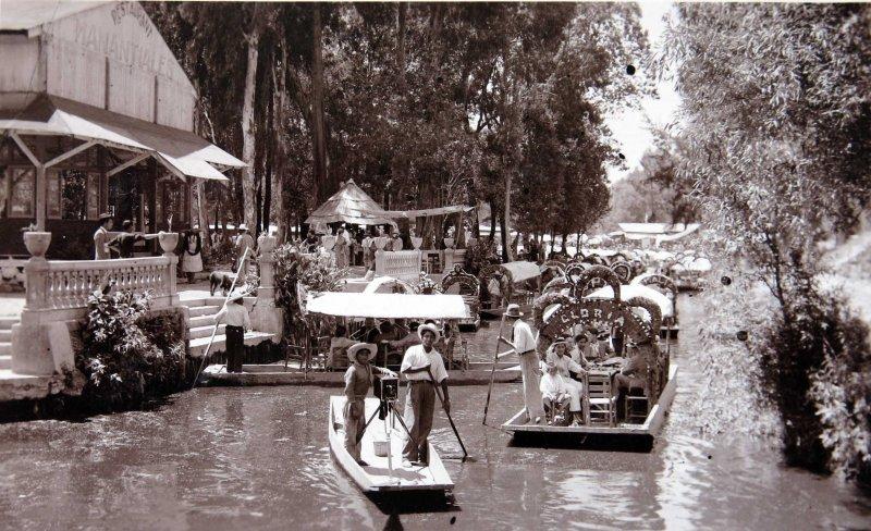 Fotos de Ciudad de M�xico, Distrito Federal, M�xico: Canales de Xochimilco Hacia 1940