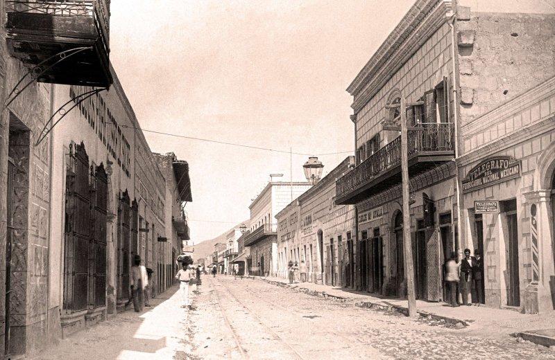Fotos de Monterrey, Nuevo Le�n, M�xico: Monterrey, Calle del Comercio 1885-1890