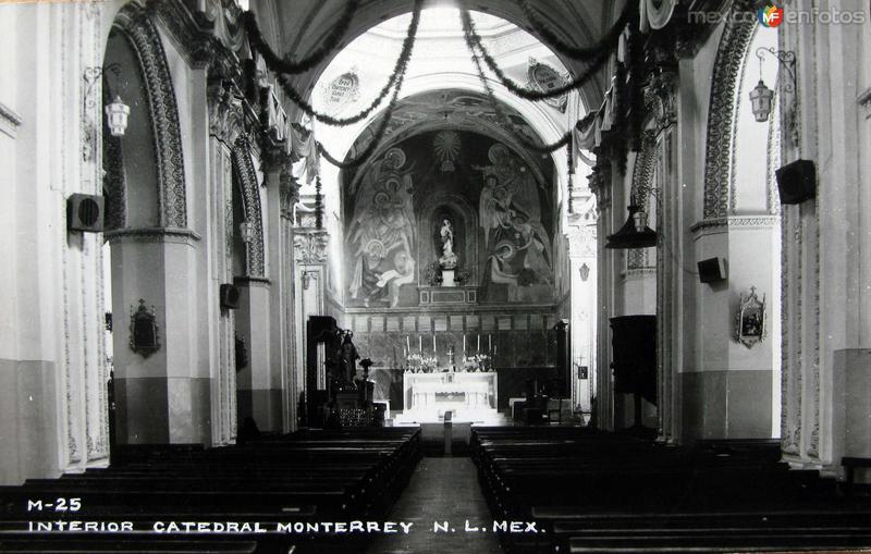 Fotos de Monterrey, Nuevo León, México: Interior de Catedral Hacia 1945