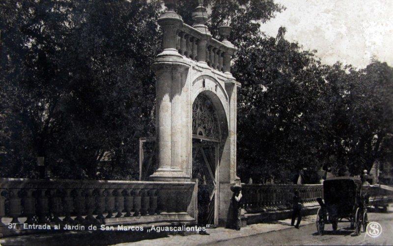 Entrada al Jardin de San marcos Hacia 1930