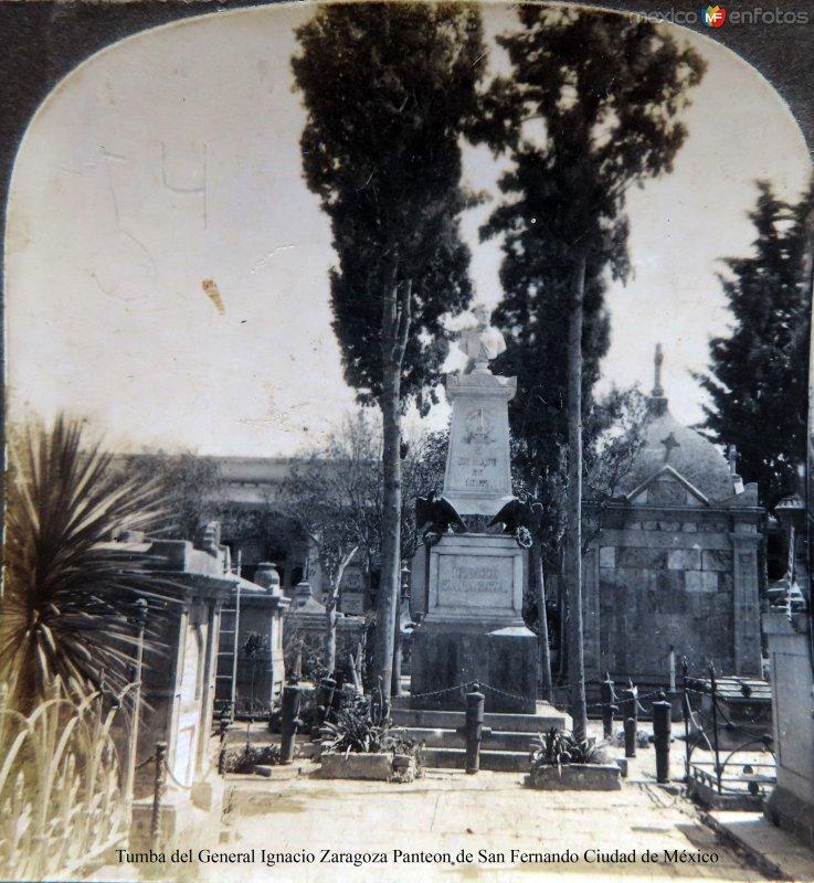 Tumba del general Ignacio Zaragoza Panteon de San Fernando Mexico D F Hacia 1900