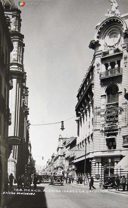 Avenida Isabel la Catolica Hacia 1945