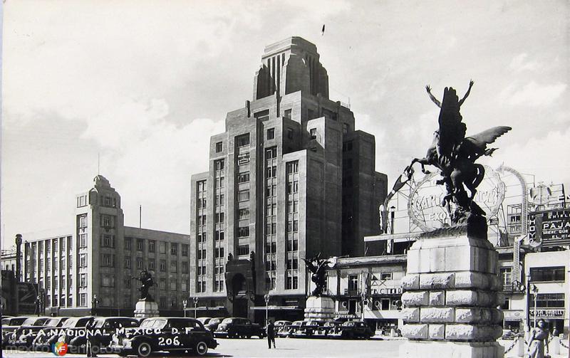Fotos de Ciudad de México, Distrito Federal, México: Edificio La nacional Hacia 1945