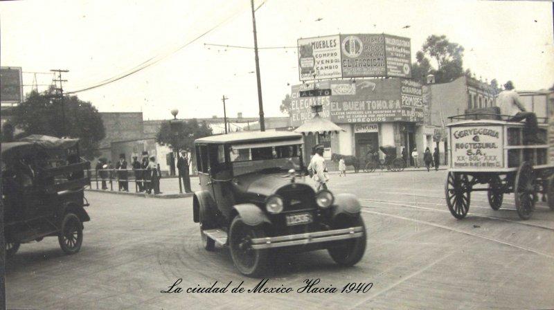 Escena Callejera en 1940 Hacia 1940