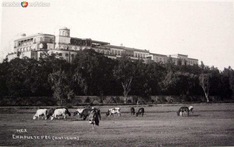 Chapultepec Hacia 1940