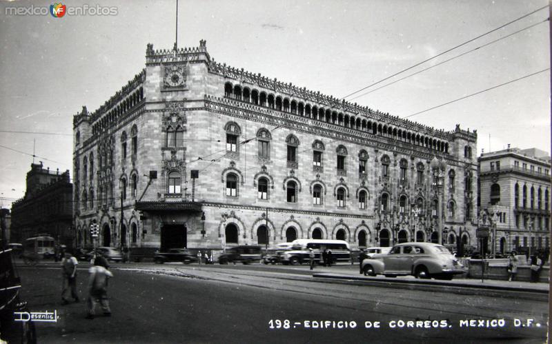 Edificio de Correos Hacia 1945