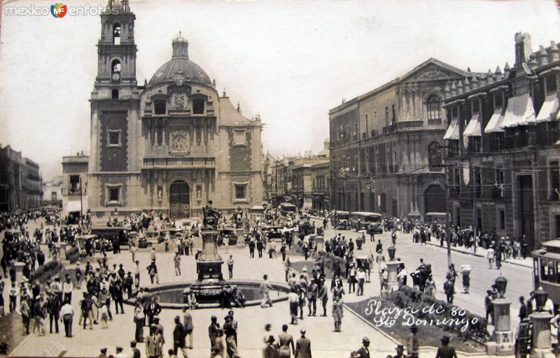 Plaza de Sto Domingo Hacia 1945