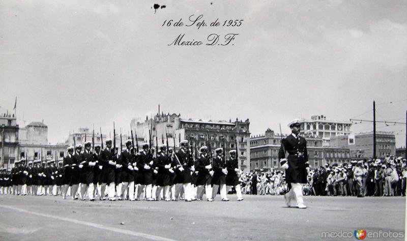 Desfile de el 16 de Sep.1955 Hacia 1955