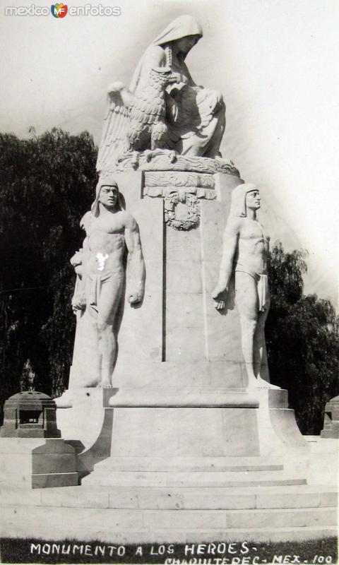 Monumento a los Heroes Hacia 1930