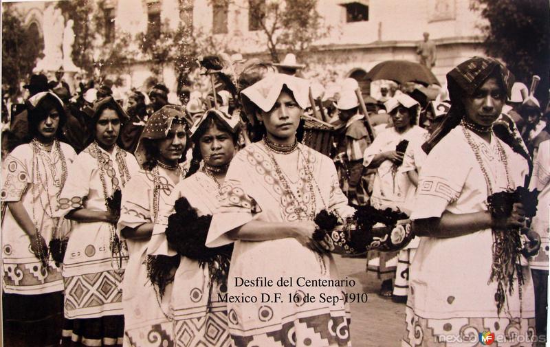 Desfile de las Fiestas del Centenario Sep-16-1910 Hacia 1910