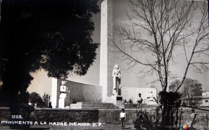 Mto. a la Madre Hacia 1945