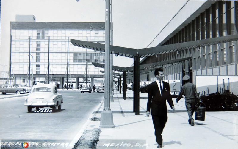 El Aeropuerto Hacia 1945