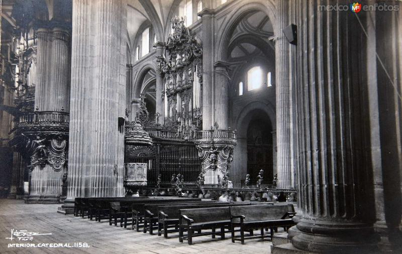 Interior de la Catedral Hacia 1940
