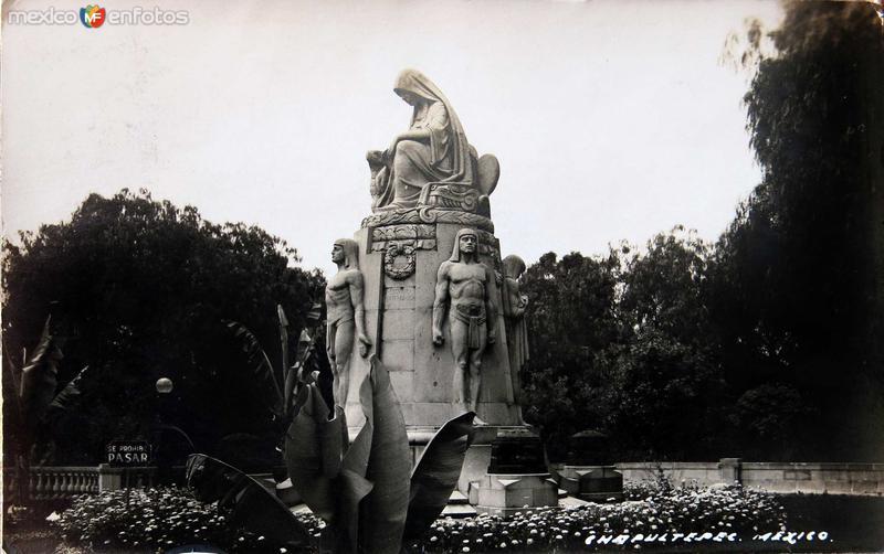 Mto. en Chapultepec Hacia 1945