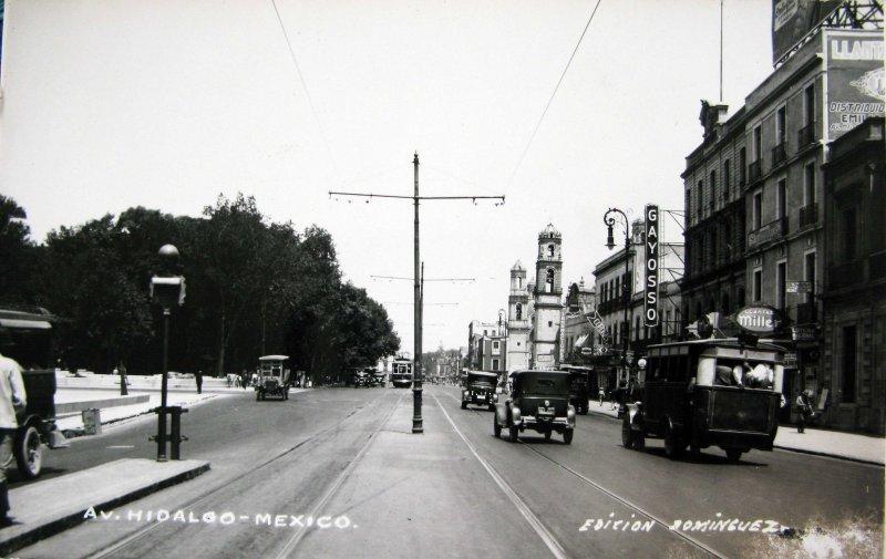 Avenida Hidalgo Hacia 1930