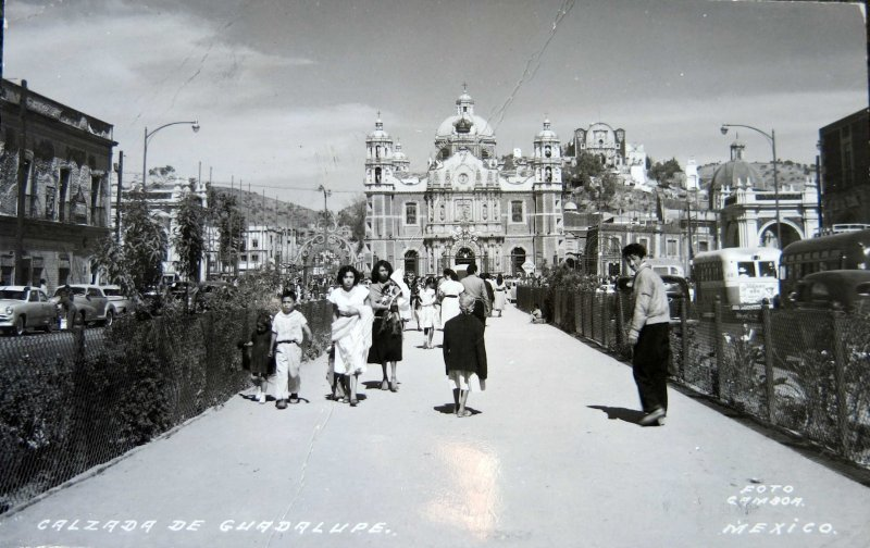 Basilica de Guadalupe la CALZADA Hacia 1945