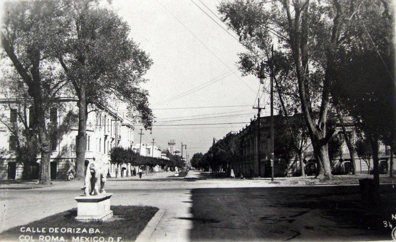 Colonia Roma calle de Orizaba Hacia 1940