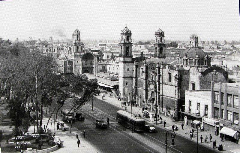 Avenida Hidalgo Hacia 1940