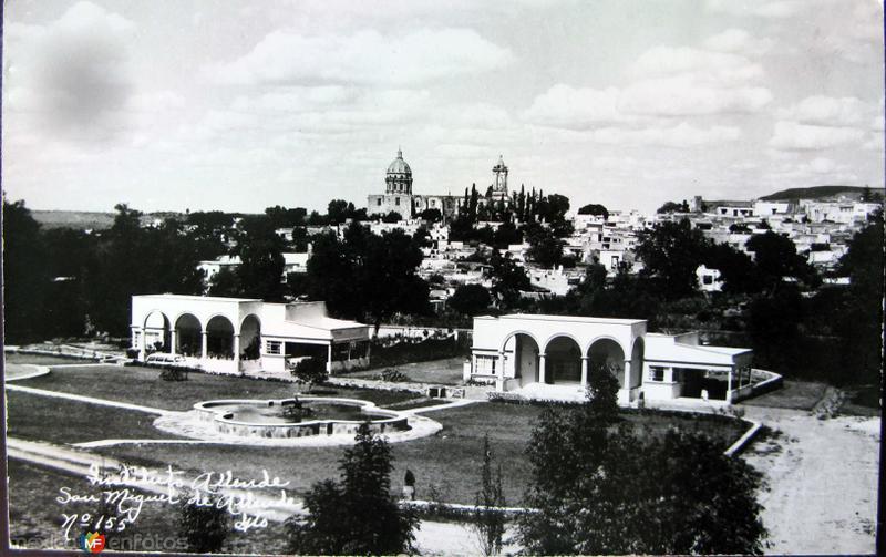 Fotos de San Miguel de Allende, Guanajuato, México: Panorama Instituto Allende Hacia 1945