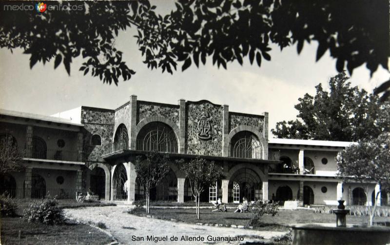 Instituto Hacia 1945