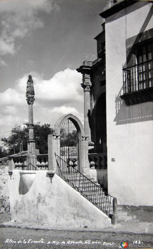 Atrio de la Ermita Hacia 1945