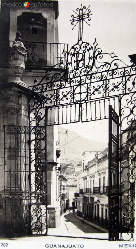 Callejones tipicos Hacia 1945