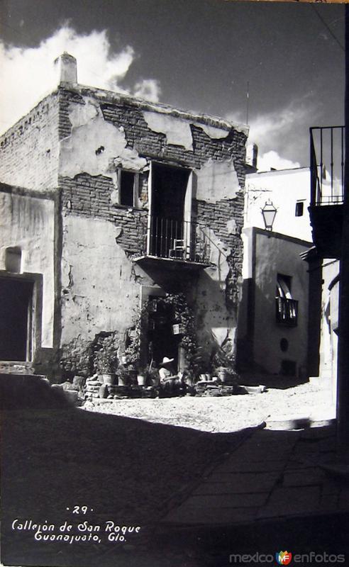 Callejones tipicos De SAN ROQUE Hacia 1945