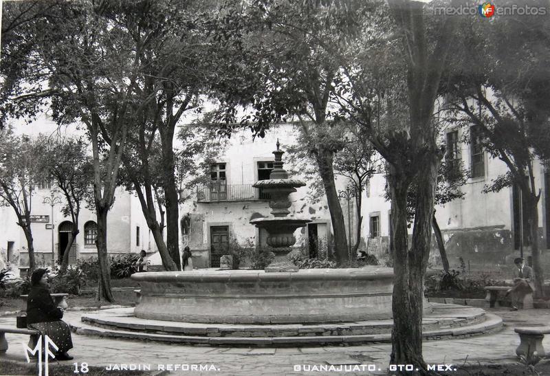 Jardin Reforma Hacia 1945
