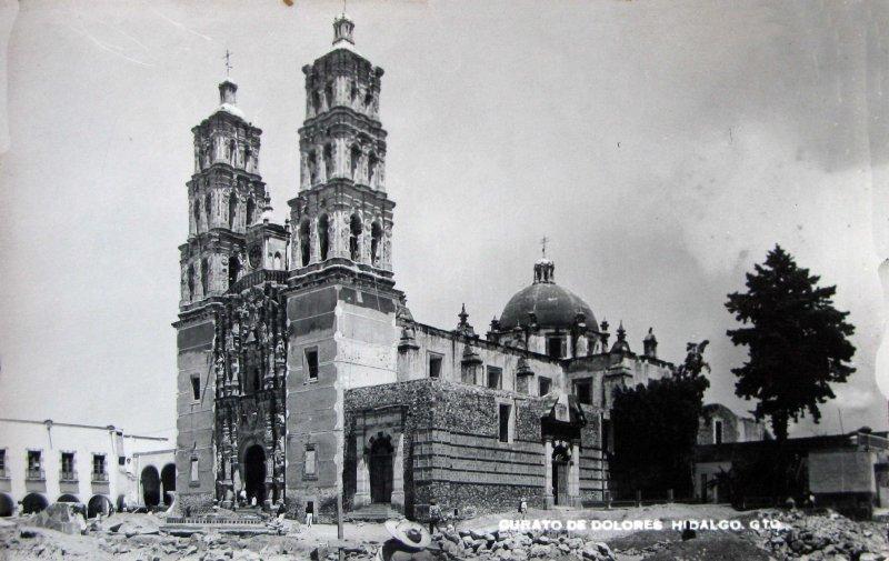 EL CURATO Hacia 1945