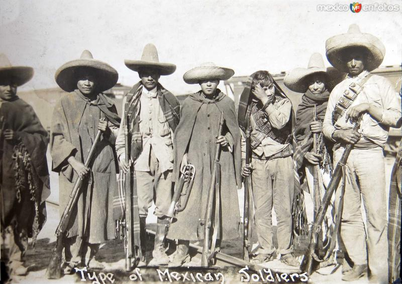 Fotos de Chihuahua, Chihuahua, M�xico: TIPOS REVOLUCIONARIOS  circa 1914