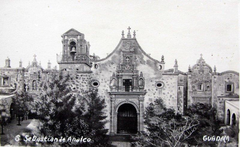 INTERIOR DEL TEMPLO Hacia 1945