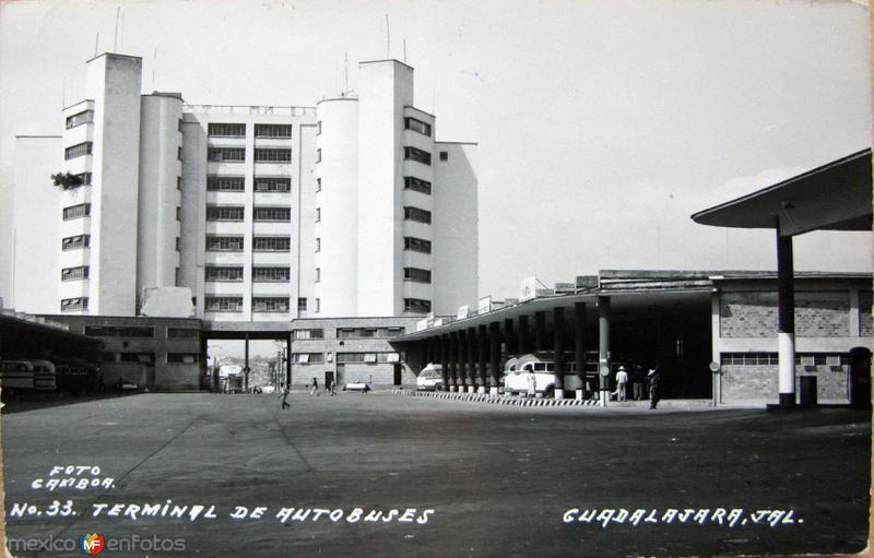 TERMINAL DE AUTOBUSES Hacia 1945