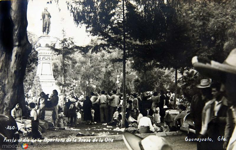 APERTURA DE LA PRESA DE LA OLLA Hacia 1930