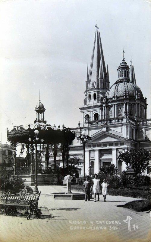 LA CATEDRAL PANORAMA Hacia 1945