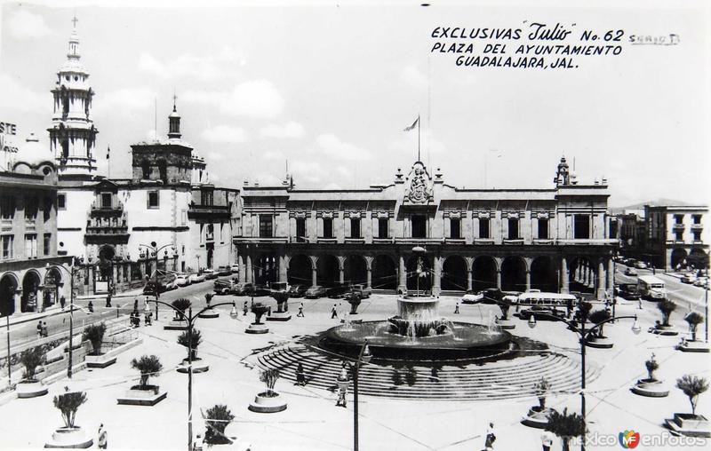 PLAZA DEL AYUNTAMIENTO Hacia 1940
