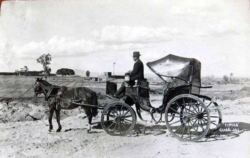 TIPICAS Hacia 1940