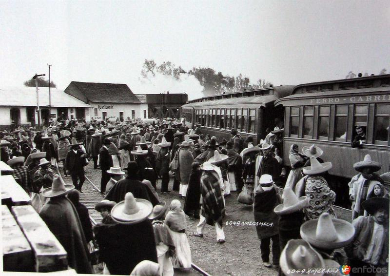 ESTACION FERROVIARIA por el fotografo HUGO BREHME Hacia 1930