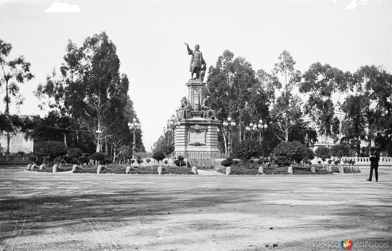 Monumento a Colón (por William Henry Jackson, c. 1888)