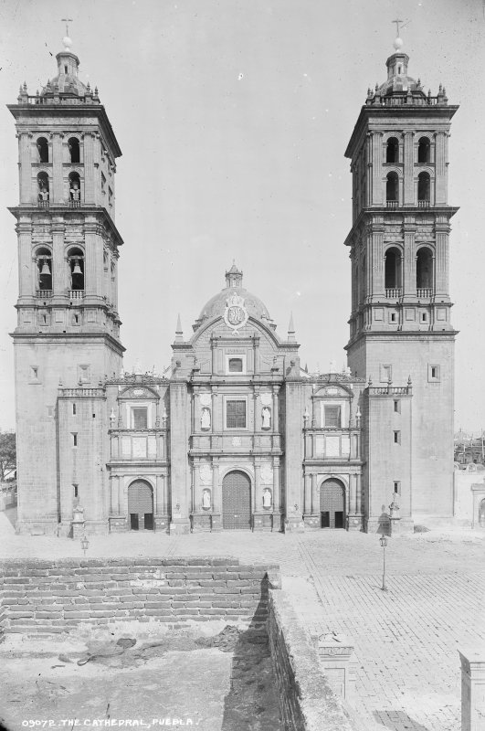 Catedral de Puebla (por William Henry Jackson, c. 1888)