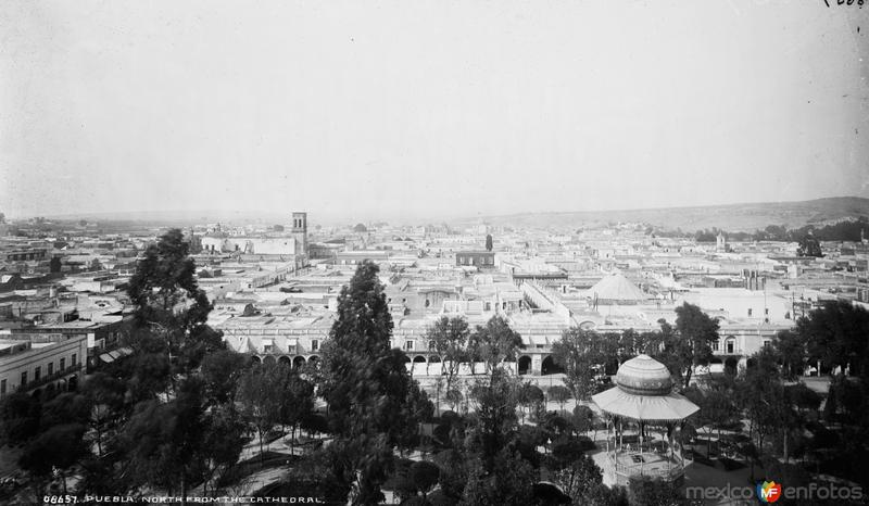 Vista panorámica desde la Catedral (por William Henry Jackson, c. 1888)