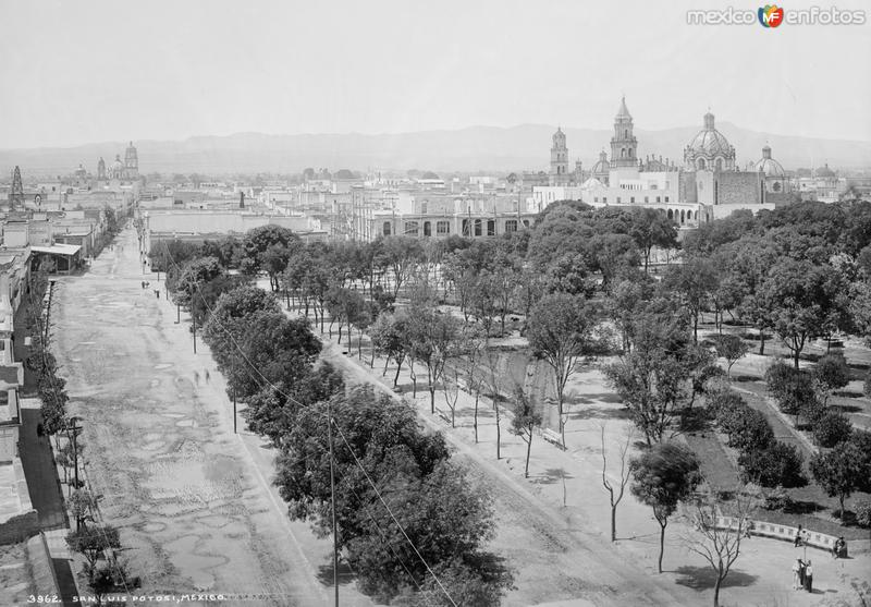 Vista panorámica de San Luis Potosí I (por William Henry Jackson, c. 1888)