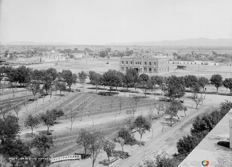 Vista panorámica de San Luis Potosí II (por William Henry Jackson, c. 1888)