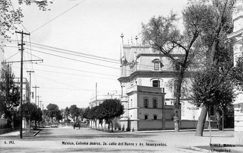 Calle del Havre y Avenida Insurgentes, en la Colonia Juárez