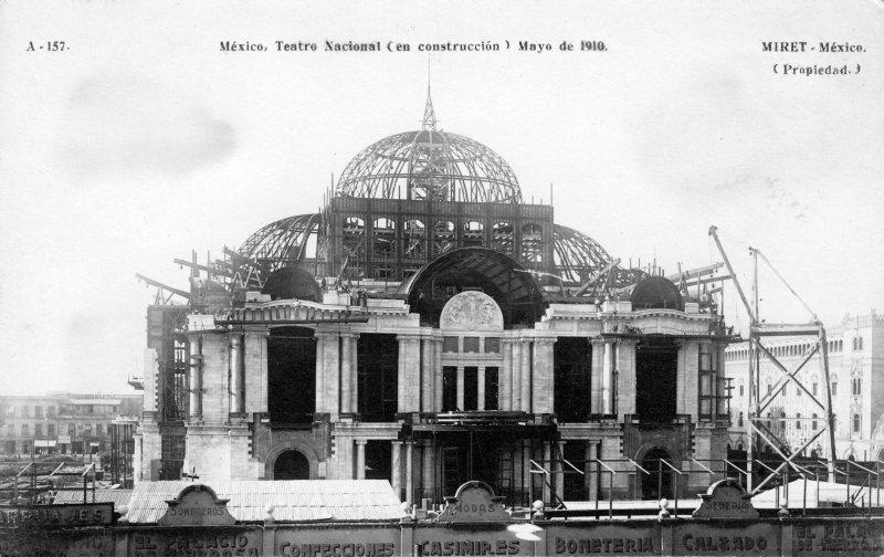 Construcción del Teatro nacional (1910)