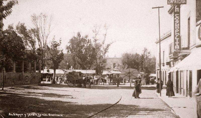Fotos de Querétaro, Querétaro, México: Avenida 5 de Mayo y Jardín Zenea