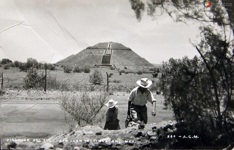 LAS PIRAMIDES Hacia 1939