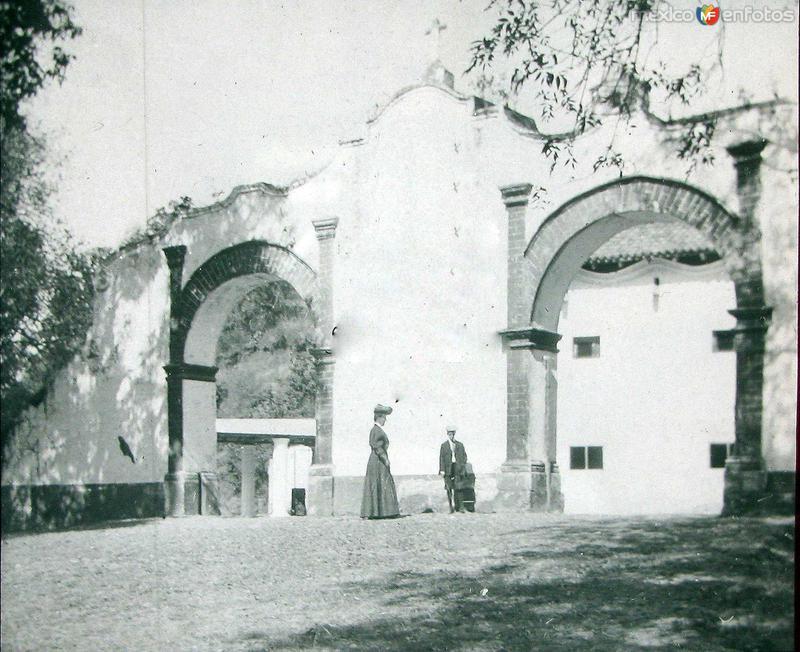 ENTRADA A EL SACROMONTE hacia 1908